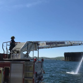 lower harbor pump ops with ladder out
